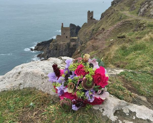 Florist Friday : Flowers Inspired by Poldark Courses in Cornwall with Eden Blooms