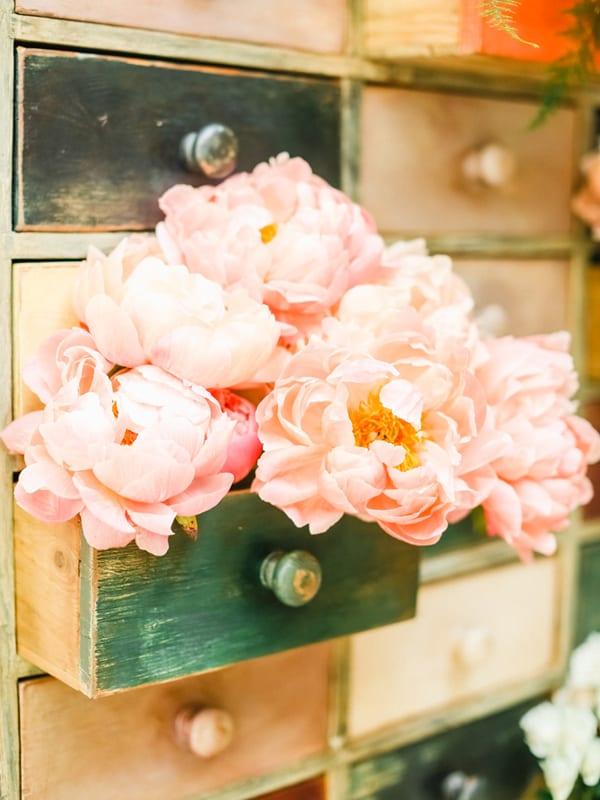 Emma-Soulsby-Ladybird-Flowers-Flowerona-Belle-and-Beau-Wedding-Photography-6