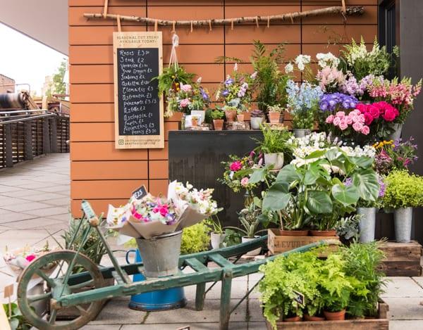 Heist-Bank-Paddington-London-Flowerona-Flowers