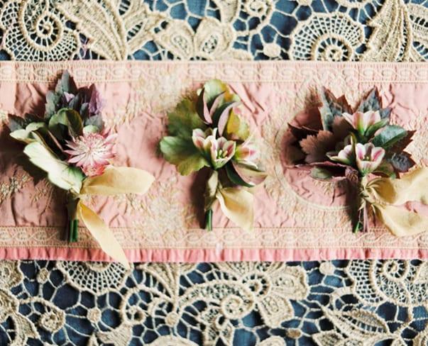 Flowerona Links : With British flowers, jasmine & an autumn flatlay…