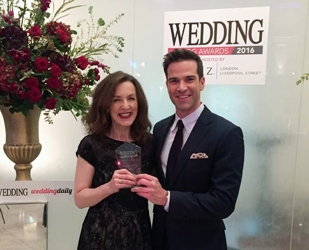 Flowerona wins Best Wedding Flowers Blog at The Wedding Blog Awards 2016!