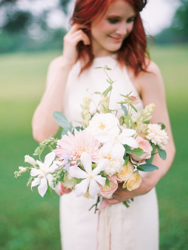 tiffany-siladke-foraged-floral-kristin-la-voie-photography-chicago-fine-art-photographer-bridal-flowerona