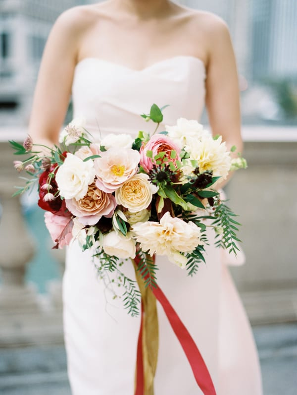 tiffany-siladke-foraged-floral-autumn-inspired-wedding-bouquet-flowerona