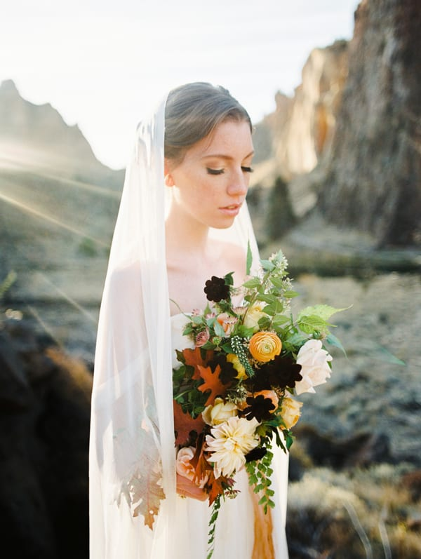 tiffany-siladke-foraged-floral-peach-burgundy-and-yellow-bridal-bouquet-flowerona