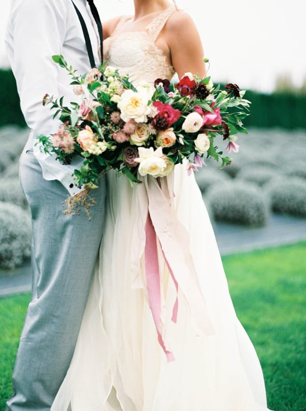 tiffany-siladke-foraged-floral-purple-pink-and-white-bridal-bouquet-flowerona
