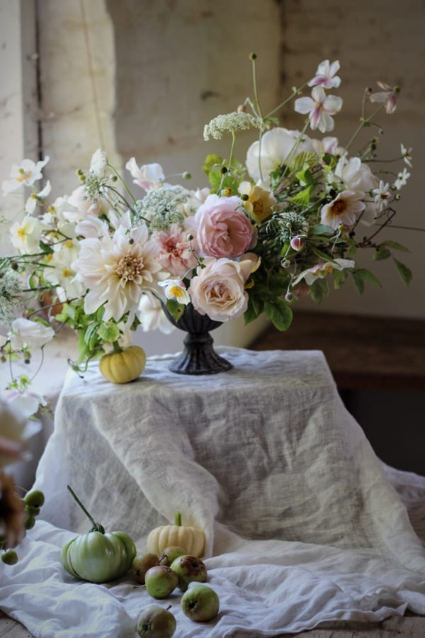 jennifer-pinder-floral-styling-photo-by-jenn-pinder-flowerona-17