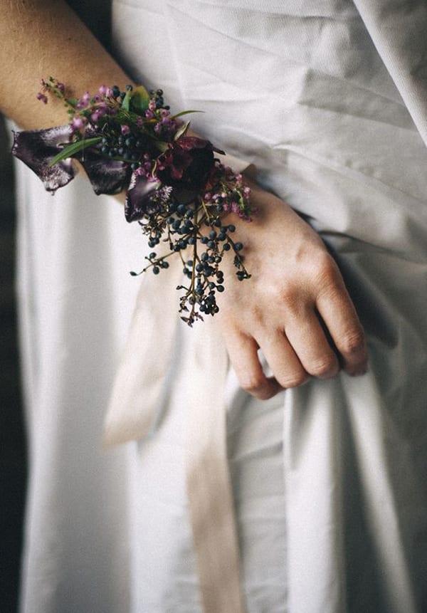 amoreeventco-wrist-corsage