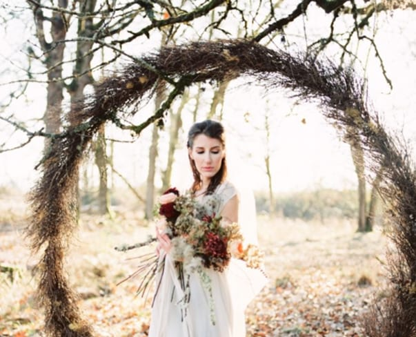 Wedding Wednesday : On Trend – Giant Wreaths