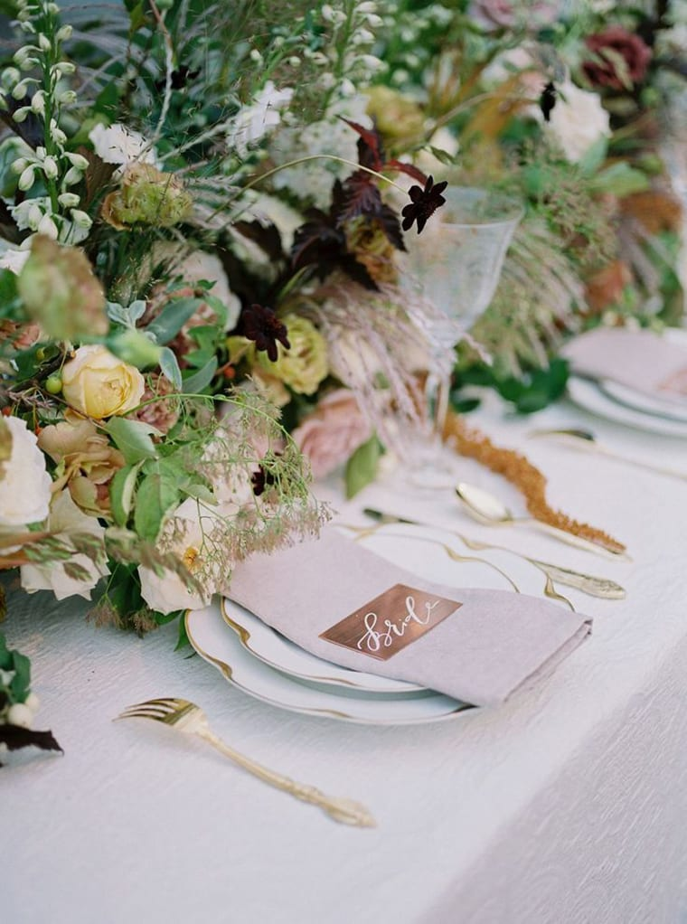 The Flowerona List | With fairytale flowers, floral hashtags & a