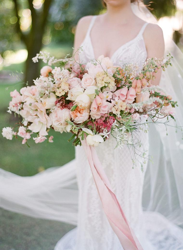 Peach Bridal Bouquet by Riverdale Farm Albany & Abbey Lou Flowers Photographer Jemma Keech