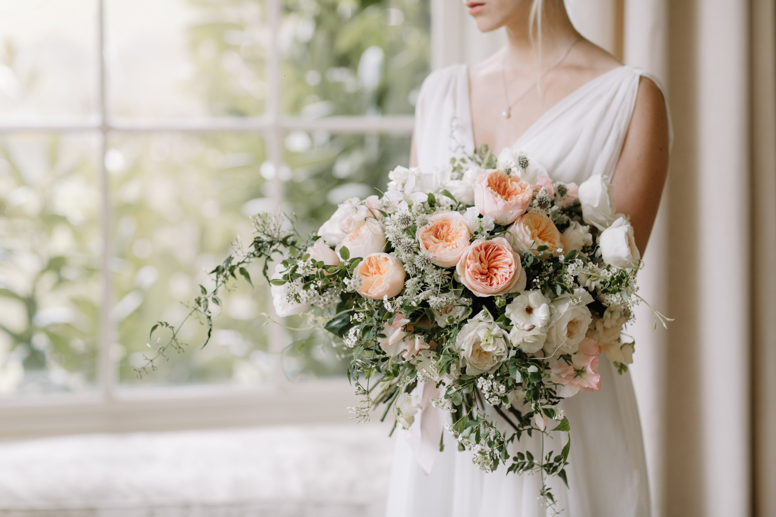 Juliet (Ausjameson) & Purity (Ausoblige) David Austin Wedding Roses